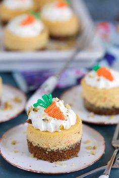 Easy Carrot Cake Recipe with Cream Cheese Frosting - The Suburban Soapbox Carrot Cake Cheesecake, Mini Cheesecake Recipes, Cheesecake Bites, Simple Cheesecake, Easter Cheesecake, Cheesecake Cupcakes, Summer Desserts, Sweet Desserts, Chocolate