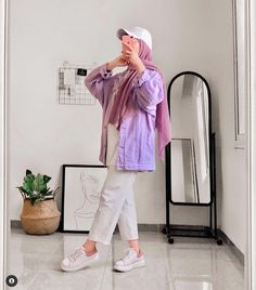 Muslim Fashion, Modest Fashion, Fashion Outfits, Fashion Tips, Hijab Outfit, Ootd Hijab, Aesthetic Clothes, Aesthetic Makeup, Hijab Fashion Inspiration