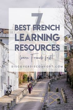 Learn French Cheaply with These Resources Learn French Free, Learn French Online, Learn French Beginner, How To Speak French, French Language Lessons, French Lessons, Spanish Lessons, French Tips, French Stuff