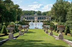 29 Garden Water Fountains That Create a Sense of Tranquillity Photos | Architectural Digest