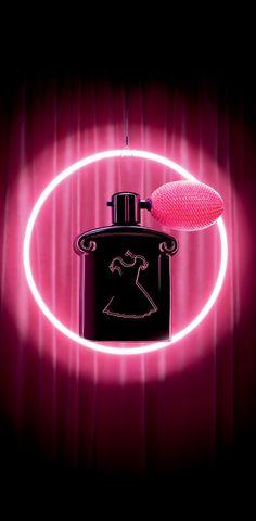Guerlain Crazy Paris collection 2013. La Petite Robe Noire So Crazy - Perfumed Shimmer Powder Body & Hair