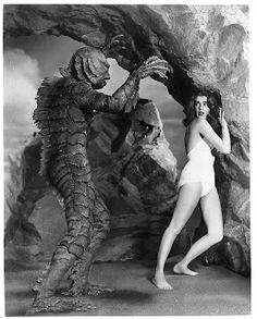 The Creature From The Black Lagoon - Horror posters for the house Tv Movie, Sci Fi Movies, Movie Photo, Scary Movies, Old Movies, Photo Pic, Classic Sci Fi, Classic Horror Movies, Skull Island