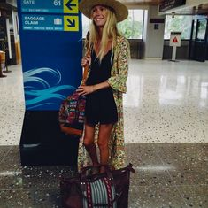 Travel Summer Outfit. Kimono.  @the_salty_blonde on Instagram.