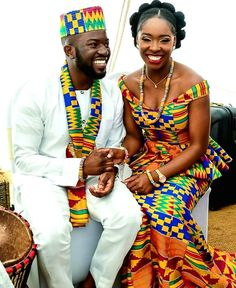 Discover a variety of kente outfits for ghanaian weddings. Get inspiration (view pictures of kente outfits) to help plan or attend a wedding. African Dresses For Women, African Attire, African Wear, African Fashion Dresses, African Women, African Style, Ghana Fashion, Africa Fashion, African Inspired Fashion