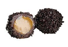 Kunstwerkjes zijn het, onze chocolade truffels. Elke truffel is volledig handgemaakt en een beleving voor het oog. De beste natuurlijke ingrediënten geven de truffels een pure, eerlijke smaak en zorgen voor een uitzonderlijke smaakbeleving.   Meer info over onze handgemaakte chocoladetruffels en verkooppunten vind je op onze website www.marcipano.nl     More information about our handmade chocolate truffles can be found on our website www.marcipano.nl