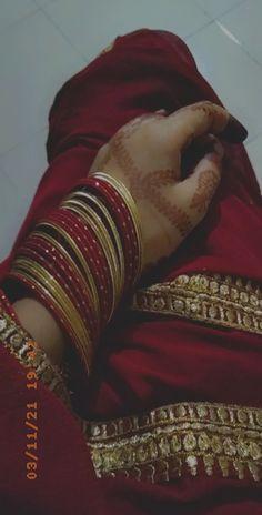 Bangle Bracelets, Bangles, Girl Hiding Face, Girls Dp, Abs, Jewelry, Fashion, Bracelets, Bracelets