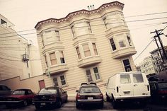 San Francisco Is Steep, In Leaning House Photos