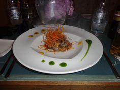 Ceviche Laminado (pesca del día, leche de tigre de tamarindo, sambal carmen, coco, mango dulce, shio kombu, humo de coco carbonizado) @ Restaurant Carmen