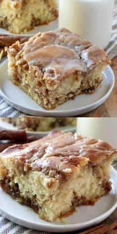 Fun Desserts, Dessert Recipes, Dessert Food, Recipes Dinner, Cinnamon Roll Cheesecake, Poke Cake Recipes, Frosting Recipes, Cheesecake Recipes, Painted Cakes