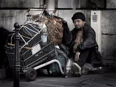 A homeless man in Paris. Photo by Eric Pouhier in June 2005 (Wikimedia)