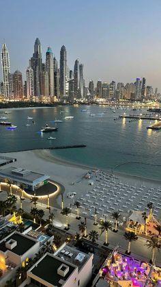Dubai Vacation, Dream Vacations, City Aesthetic, Travel Aesthetic, Beautiful World, Beautiful Places, Places To Travel, Places To Visit, Images Esthétiques