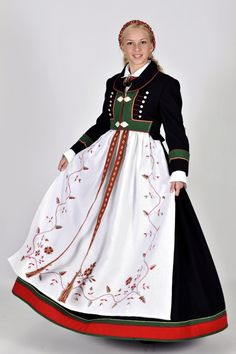 Bunad from Åmli, Aust-Agder, Norway Traditional Fashion, Traditional Dresses, Ethnic Fashion, Boho Fashion, Norwegian Clothing, Norwegian Fashion, Norway Culture, Authentic Costumes, Scandinavian Fashion