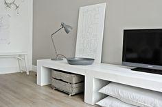 Te koop bij Lekker Fris: Stoer tv-meubel!