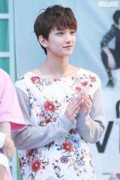 Eu não consigo lidar com o quanto eu acho Joshua e Gongchan parecidos e ao mesmo tempo diferentes.