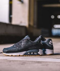 reputable site 4cb44 16953 Idée et inspiration Sneakers -Nike Air Max 90 Image Description Nike Air ...
