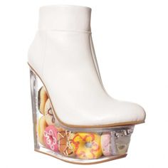 Jeffrey Campbell Icy Ankle Boot White Doughnuts ($99) ❤ liked on Polyvore featuring shoes, boots, ankle booties, white, jeffrey campbell booties, white ankle booties, leather bootie, white short boots and leather booties