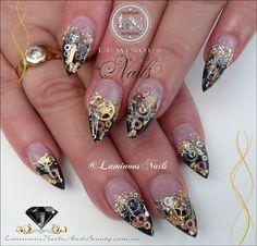 Black Gold Nails Luminous Nails: Black and Gold Steam Punk Acrylic Nails Black Gold Nails, Gold Acrylic Nails, Black Gold Jewelry, Bronze Nails, White Nails, Steam Punk, Steampunk Nails, Luminous Nails, Edge Nails