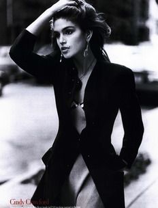 Cindy Crawford by Arthur Elgort