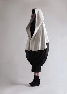 Thread, Fashion and Costume: Olivia Hearnshaw