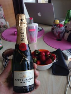 Today is National Champagne Day :)