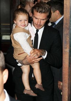 The time Harper could not have been happier to being having a cuddle from her Dad. | 19 Unbelievably Cute Photos Of David And Harper Beckham To Brighten Up Your Day