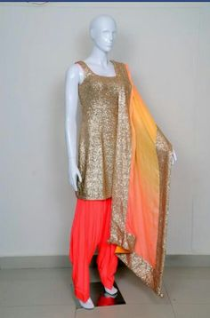 I just bought this sequins Kurti! Thinking about pairing it with black patiala pants and a black dupatta.