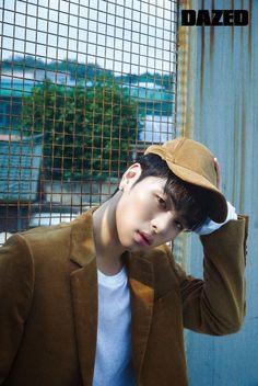 iKON's Junhoe in Dazed and Confused Korea September 2018 Kim Jinhwan, Chanwoo Ikon, Yang Hyun Suk, Ikon Member, Koo Jun Hoe, Ikon Kpop, Ikon Debut, Ikon Wallpaper, School Supplies