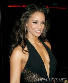 ALICIA KEYS- PAROLE TRADUCTION BIOGRAPHY