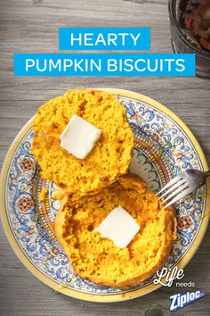 Warm and hearty Pumpkin Biscuits with nutmeg and cinnamon. A deliciously easy fall recipe idea to make you smile at breakfast, lunch or dinner. Feeling friendly? Pack them up in a Ziploc® bag and gift them to a pal!