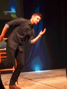 Work it, Jensen. 55 Reason Jensen Ackles Is The Best Person Ever Castiel, Sammy Supernatural, Supernatural Pictures, Sam Dean, Jeffrey Dean Morgan, Colin Morgan, Bobby, Plus Tv, Nerd