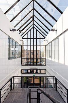 Programme réaménagement d'un immeuble de bureaux sur deux niveaux à créteil.