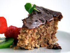 Nøttekake med sjokoladetrekk
