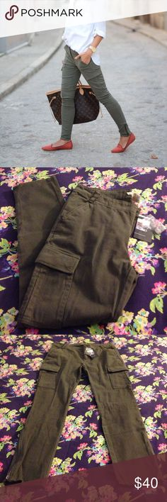 """Silence+Noise Skinny Cargo Pant In Olive Green """"NWT"""" Great pair of ankle zip cargo pants. 98% cotton, 2% spandex for a bit of stretch. Size 8, new never worn! silence + noise Pants Ankle & Cropped"""
