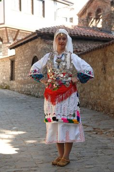 Macedonia - Makedonia Gypsy Costume, Folk Costume, Traditional Fashion, Traditional Dresses, Republic Of Macedonia, Archive Library, Beautiful Costumes, People Of The World, Historical Clothing