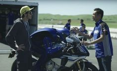 Weekend Awesome – Rossi Meets the MotoBot