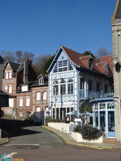 ST-VALERY-EN-CAUX, La boussole bleue ... Saint Valery, Normandy France, Rouen, Le Havre, Tour Eiffel, France Travel, Paris France, French Country, Louvre