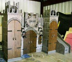Boys Castle bunkbeds!