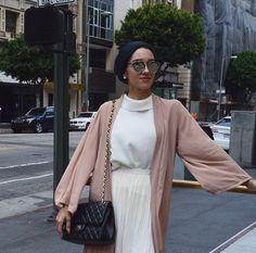 Hijab + Pink Maxi Cardi + Neutral Tones (sallyashour)