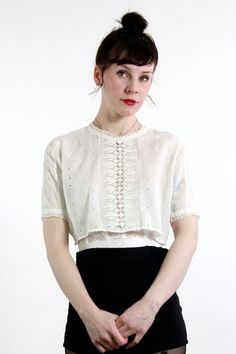 How to Wear Vintage Clothing Without Looking Like Youre Wearing a Costume | photo of Vera from Vera Vague Vintage | antique Edwardian blouse