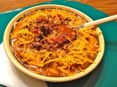 Low Carb Chili changes: 1 qt water (i did beef stock & 2 c water); grnd beef (i did 1 lb small diced stew meat & 1 lb grnd beef) omitted: bay, mush, peppers - topped w/ cheddar, sour cream and diced red pepper (fresh) Low Carb Chili Recipe, Chili Recipes, Paleo Recipes, Low Carb Recipes, Cooking Recipes, What's Cooking, Atkins Recipes, Low Carb Diet, The Best