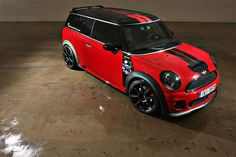 Check out this MINI clubman!!