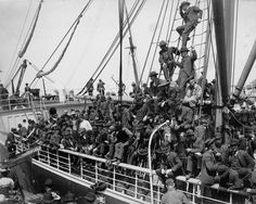 -Ship Leaving for the Alaska Gold Rush, Seattle, ca. 1905 | History Is ...