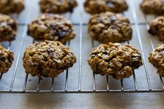 chewy chocolate chip oatmeal cookies // edible perspective #glutenfree