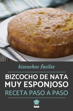 Aprende a preparar un bizcocho de nata casero con esta sencilla receta, ¡te sorprenderá lo esponjoso que queda! #RecetasGratis #BizcochoCasero #RecetasDeBizcocho #BizcochoDeNata #PostresFáciles #Repostería