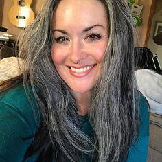 More smiling selfies in 2018. #grayhair #greyhair #silversisters #grombre