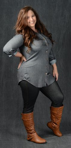 Black Chambray Top # shell - All About Look Plus Size, Plus Size Girls, Plus Size Women, Curvy Girl Fashion, Look Fashion, Fashion Outfits, Fashion Trends, Autumn Fashion Curvy, Woman Outfits