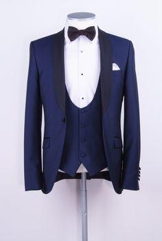 New Arrivals Navy Blue Groom Tuxedos Groomsmen Mens Wedding Suits Dinner Best Man Blazer (Jacket+Pants+Vest+Tie) Best Wedding Suits, Blue Suit Wedding, Wedding Tux, Trendy Wedding, Wedding Dresses, Groom Tuxedo, Tuxedo Suit, Tuxedo For Men, White Tuxedo