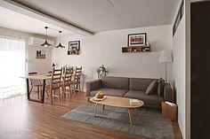 오래된 원룸이 신혼집으로 변신하다 : 네이버 매거진캐스트