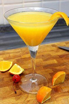 Paradise: il cocktail perfetto con gin, succo d'arancia e apricot brandy. http://winedharma.com/it/dharmag/dicembre-2014/paradise-il-cocktail-perfetto