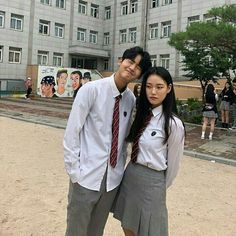 Korean Uniform School, School Uniform Fashion, School Uniform Girls, Korean Best Friends, Boy And Girl Best Friends, Ulzzang Korean Girl, Ulzzang Couple, Korean Student, Korean Couple